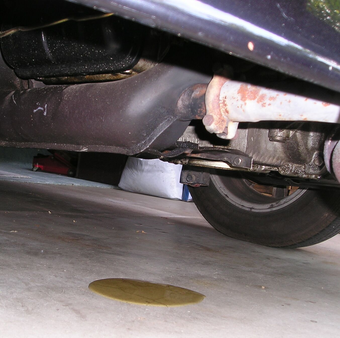 how to fix engine oil leak