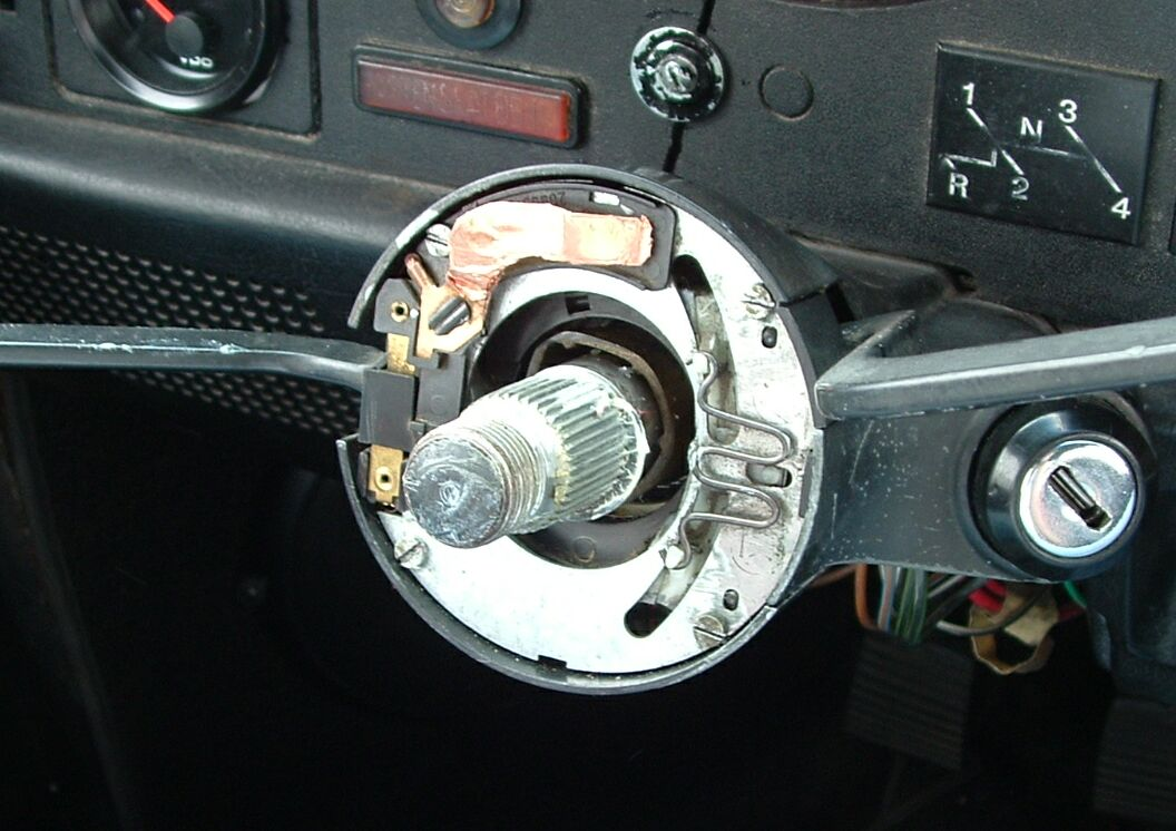 steering_wheel_removed steering column work  at crackthecode.co