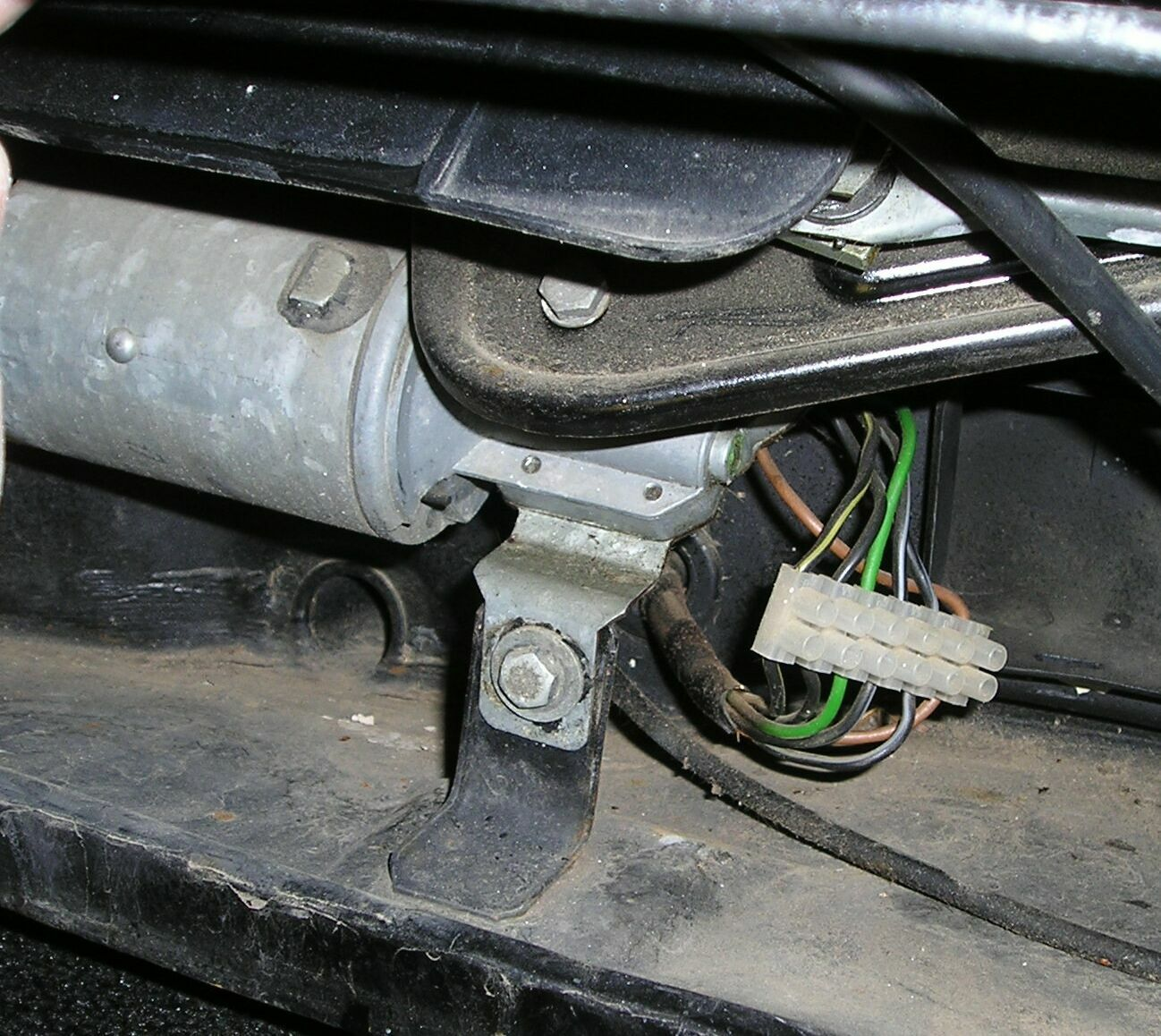 wiper motor reconnection.